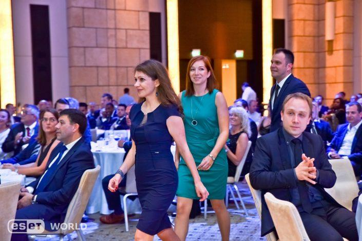 event, eventovy fotograf, event photographer, fotograf na firemnu akciu, vecierok, linda kiskova bohusova, peter kiska lindia.sk